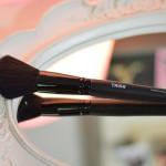 Resenha: Pincel Chanfrado Para Aplicação de Blush Triss